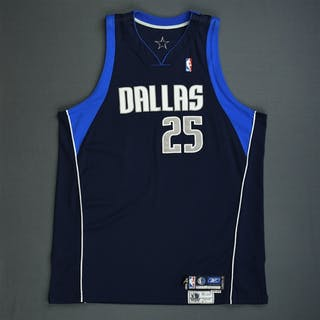 Dampier, Erick Navy Preseason Dallas Mavericks 2005-06 #25 Size: 54+4