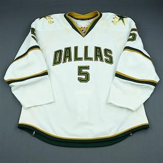 Niskanen, Matt Third Set 1 Dallas Stars 2009-10 #5 Size: 56
