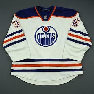 Larsen, Philip White Retro Set 1 Edmonton Oilers 2013-14 #36 Size: 56