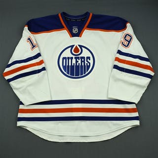 Schultz, Justin White Retro Set 3 Edmonton Oilers 2013-14 #19 Size: 58