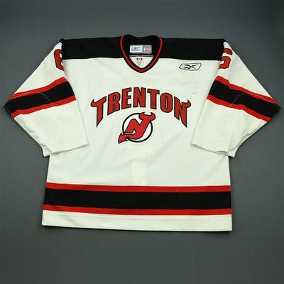 Murray, Chris White Set 1 (A removed) Trenton Devils 2009-10 #6 Size: 56