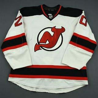 Carter, Ryan White Set 2 New Jersey Devils 2013-14 #20 Size: 56