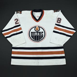 Chimera, Jason * White 2nd Regular Season Edmonton Oilers 2002-03 #28 Size: 58