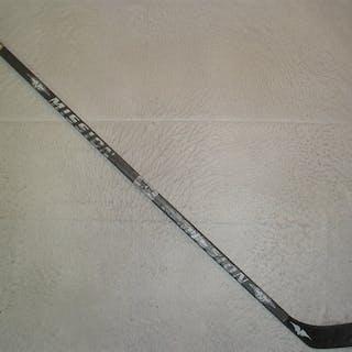 Brown, Sean Mission Hex-1 Grip Stick New Jersey Devils 2003-06 #NA