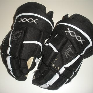 Smith, Jason * Nike Bauer Vapor XXX Gloves (Signed) Philadelphia Flyers