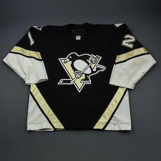 Malone, Ryan * Black Set 2 Pittsburgh Penguins 2005-06 #12 Size: 56