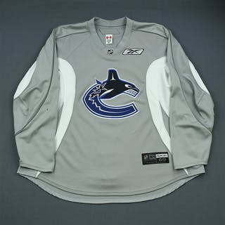 Alberts, Andrew Gray Practice Jersey Vancouver Canucks 2009-10 #41 Size: 60
