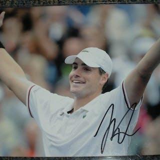 Isner, John Autographed 8x10 2012