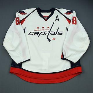 Ovechkin, Alex * White Set 1 w/A Washington Capitals 2009-10 #8 Size: 58