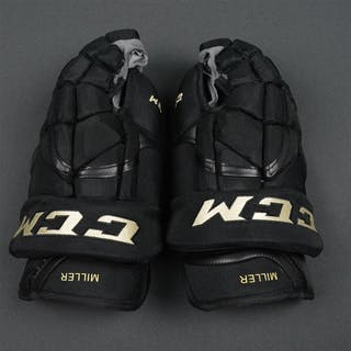 Miller, Colin CCM HG12 Gloves, prepared for Winter Classic on January
