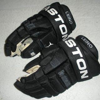 Leino, Ville * Easton Gloves Philadelphia Flyers 2009-10 #22