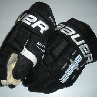Richards, Mike * Bauer Gloves - Winter Classic Philadelphia Flyers 2009-10 #18