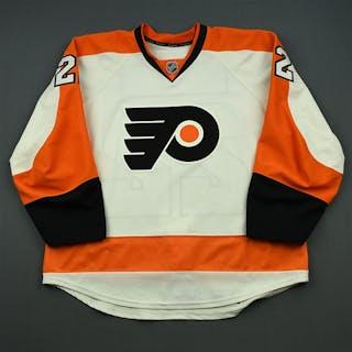 Schenn, Luke White Set 2 Philadelphia Flyers 2014-15 #22 Size: 58
