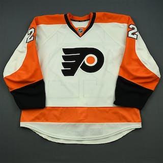 Schenn, Luke White Set 3 Philadelphia Flyers 2014-15 #22 Size: 58