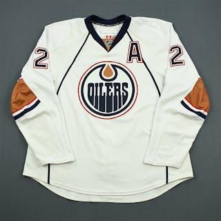 Vandermeer, James White Set 3 w/A Edmonton Oilers 2010-11 #2 Size: 58