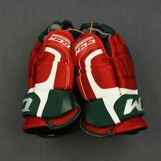 Harrold, Peter CCM CL Gloves (Retro Colors) New Jersey Devils 2014-15