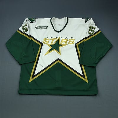 Bouck, Tyler * White Preseason Dallas Stars 2000-01 #55 Size: 56