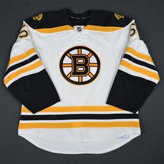 Spooner, Ryan White Set 2 Boston Bruins 2015-16 #51 Size: 56