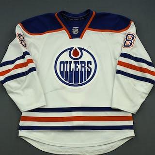 Roy, Derek White Set 3 Edmonton Oilers 2014-15 #8 Size: 54