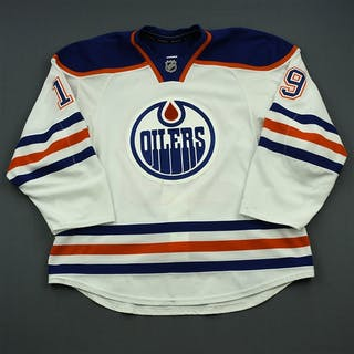 Schultz, Justin White Set 3 Edmonton Oilers 2014-15 #19 Size: 58