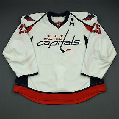 Chimera, Jason White Set 2 w/A Washington Capitals 2013-14 #25 Size: 58