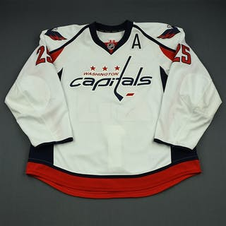 Chimera, Jason White Set 2 w/A Washington Capitals 2013-14 #25 Size: 58