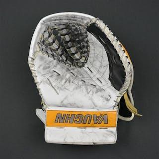 Khudobin, Anton Vaughn V7 Catcher Boston Bruins 2016-17 #35