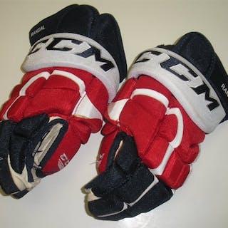 Ward, Joel CCM Gloves Washington Capitals 2014-15 #42