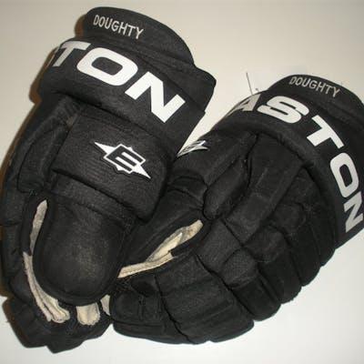 Doughty, Drew * Easton Pro Gloves, Los Angeles Kings 2009-10 #8