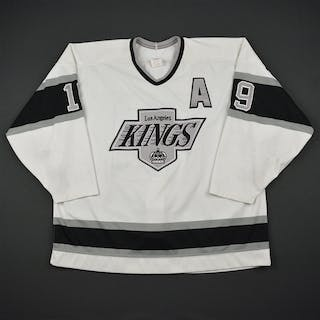 Robinson, Larry * White w/A Los Angeles Kings 1990-91 #19 Size: 54
