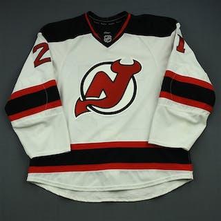 Gomez, Scott White Set 2 New Jersey Devils 2014-15 #21 Size: 56