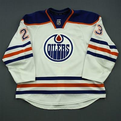 Hendricks, Matt White Set 1 Edmonton Oilers 2014-15 #23 Size: 56
