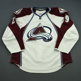 MacKinnon, Nathan * White Set 3 / Playoffs Colorado Avalanche 2013-14
