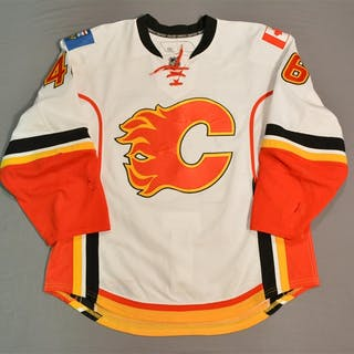 Bancks, Carter * White -NHL Debut -Photo-Matched Calgary Flames 2012-13