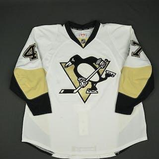 Despres, Simon * White set 1 - Photo-Matched Pittsburgh Penguins 2013-14