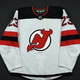 Noesen, Stefan White Set 2 New Jersey Devils 2017-18 #23 Size: 56