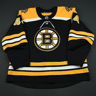 Holden, Nick Black Set 3 - Game-Issued (GI) Boston Bruins 2017-18 #44 Size: 58