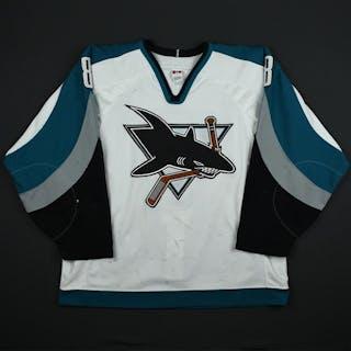 Selanne, Teemu * White - PHOTO-MATCHED San Jose Sharks 2001-02 #8 Size: 54