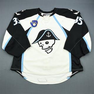 Engren, Atte * White - Photo-Matched Milwaukee Admirals 2011-12 #35 Size: 58+G