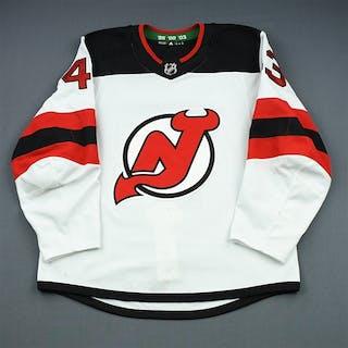 Seney, Brett White Set 1 New Jersey Devils 2018-19 #43 Size: 54