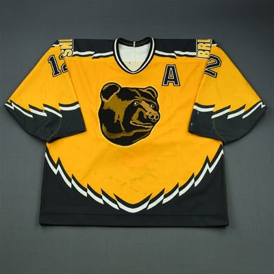 Oates, Adam * Alternate Set 1 w/A - Autographed Boston Bruins 1995-96