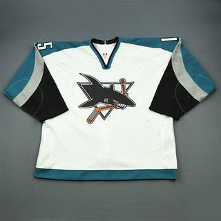 Primeau, Wayne * White San Jose Sharks 2002-03 #15 Size: 58