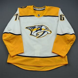 Subban, P.K. White Set 3 / Playoffs Nashville Predators 2018-19 #76 Size: 56