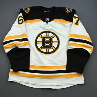 Zboril, Jakub White Set 1 - NHL Debut Boston Bruins 2018-19 #67 Size: 56
