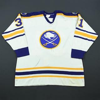 Andreychuk, Dave * White - Preseason Buffalo Sabres 1982-83 #31 Size: NA