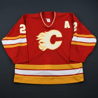 MacInnis, Al * Red w/A - Autographed Calgary Flames 1990-91 #2 Size: 52