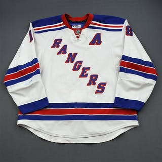 Staal, Marc * White New York Rangers 2011-12 18 Size: 58