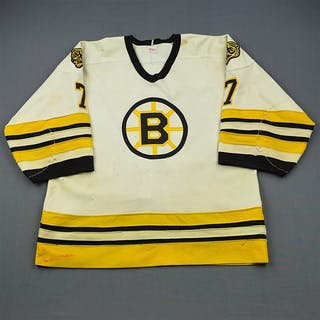 Bourque, Ray * White Boston Bruins 1983-84 #7