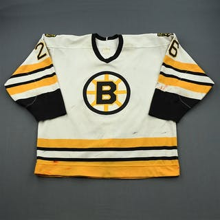 Wesley, Glen * White - Photo-Matched Boston Bruins 1988-89 #26 Size: NA