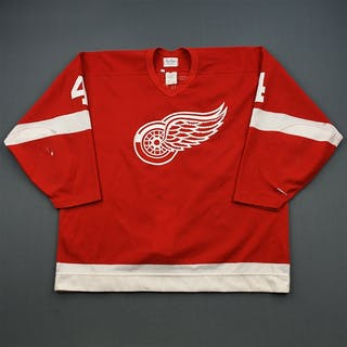 Howe, Mark * Red Detroit Red Wings 1994-95 #4 Size: 52